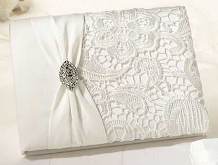 GB720C cream lace guest book
