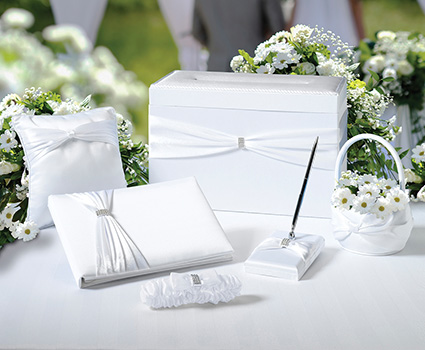 WS103W white wedding set in a box